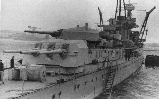 Image result for light cruiser karlsruhe 1940