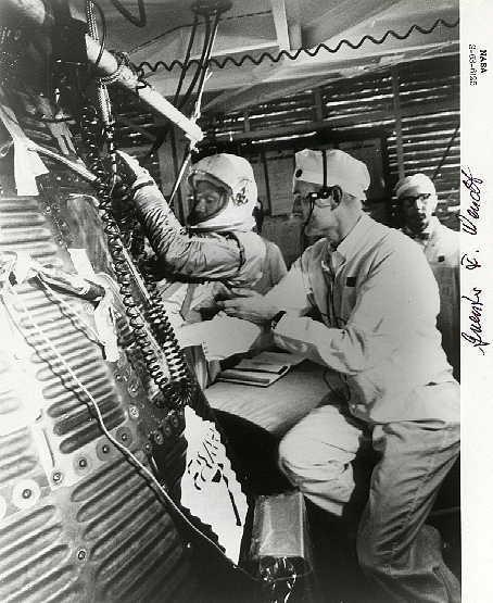 Alan S Astronaut Autograph Gallery