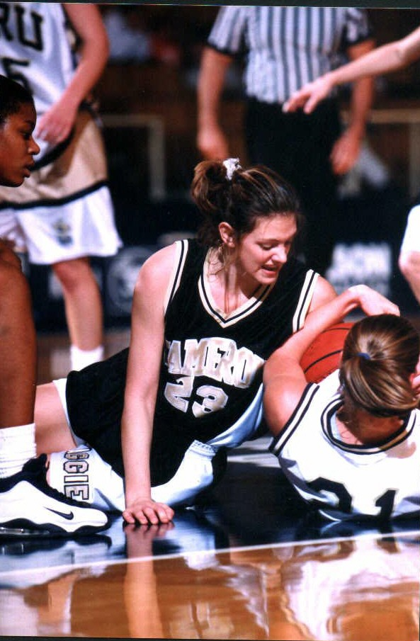 Cameron lady aggies basketball for Conference table 1998 99