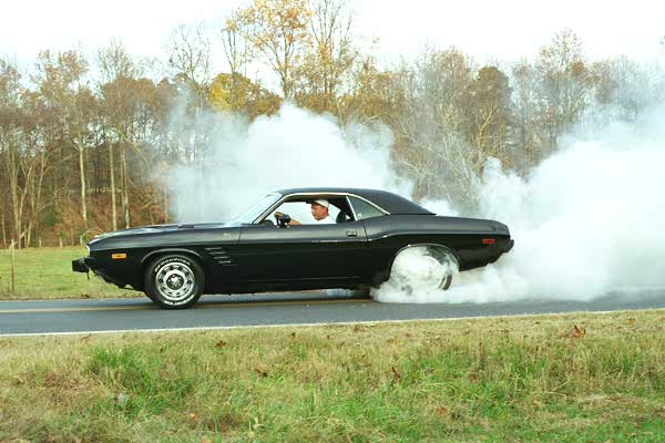 Collection Of Burnout Pictures And Movie Performed By Usa V - Cool cars doing burnouts