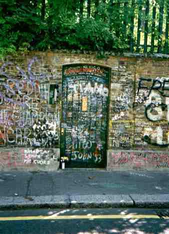 Freddie Mercury S House Garden Lodge