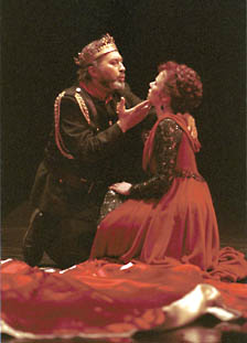 the portrayal of macbeth and lady Compare and contrast: macbeth and lady macbeth ambition, the world's driving force to achieve their goals ambition is a characteristic of human nature, which, if expressed in an evil manner, can turn the entire person evil.