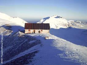 Abruzzo mountains alpinismo invernale gran sasso e for Cabine di cresta antler