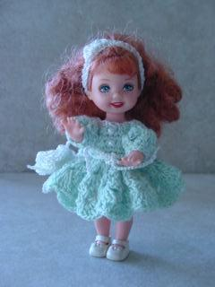 How To Crochet   CROCHETED BED DOLL PATTERNS