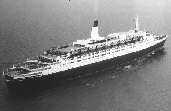 Quels sont vos paquebots préférés de la Cunard Line ? Qetwo1