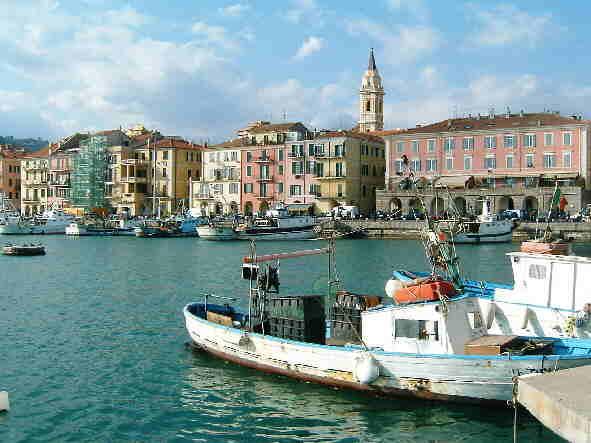 La storia e la geografia del porto di imperia oneglia for Oneglia imperia