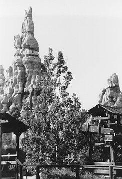 Black Amp White Photos Disneyland Hometown U S A