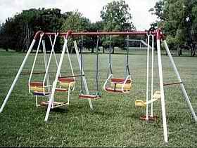 Juegos infantiles hamacas toboganes calesitas el maiten for Hamacas para el jardin