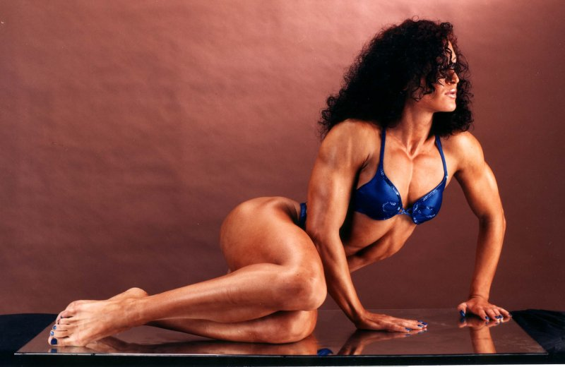 Female bodybuilding photos, muscle gallery of strong woman