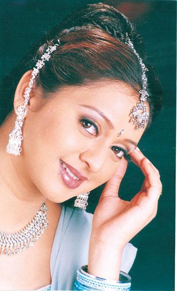 gayathri jayaram images