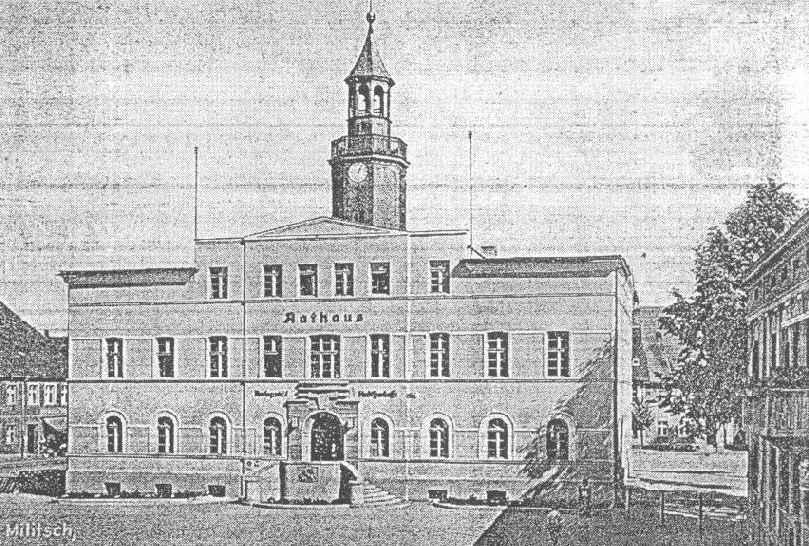 [Bild: milicz_1936_front_ratusza.jpg]