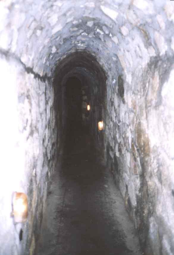 [Bild: tunel_1_klodzko.jpg]