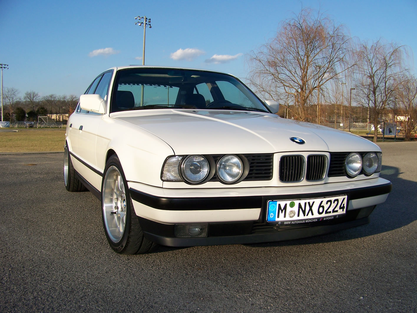 E34 With Euro M3 Motor S50b32 Conversion