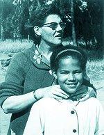 Sandra Laing and her motherSandra Laing Children