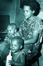 Sandra Laing and children by black husbandSandra Laing Children