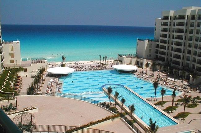the royal sands resort of cancun mexico