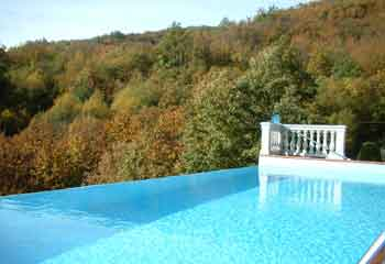 Langhe luxury country home food valley piedmont - Piscina san carlo milano ...