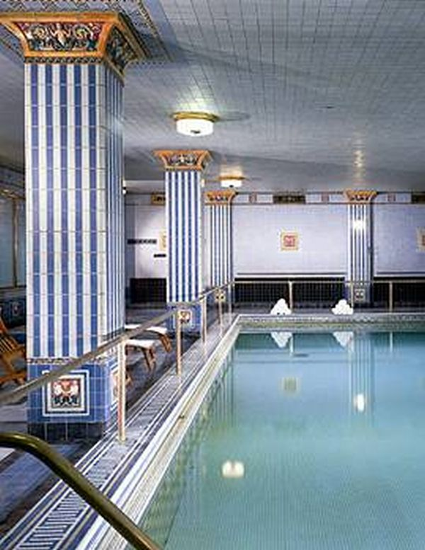 Los angeles attractions 3 - Indoor swimming pool in los angeles ...
