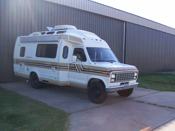 1veri Coachman Rv 1997 Ford 350 Mirrors further 1139081 E350 Motorhome Stalled Out also Index as well Vans Man also Ford E 450 Fuse Box Wiring Diagram. on ford e 350 rv