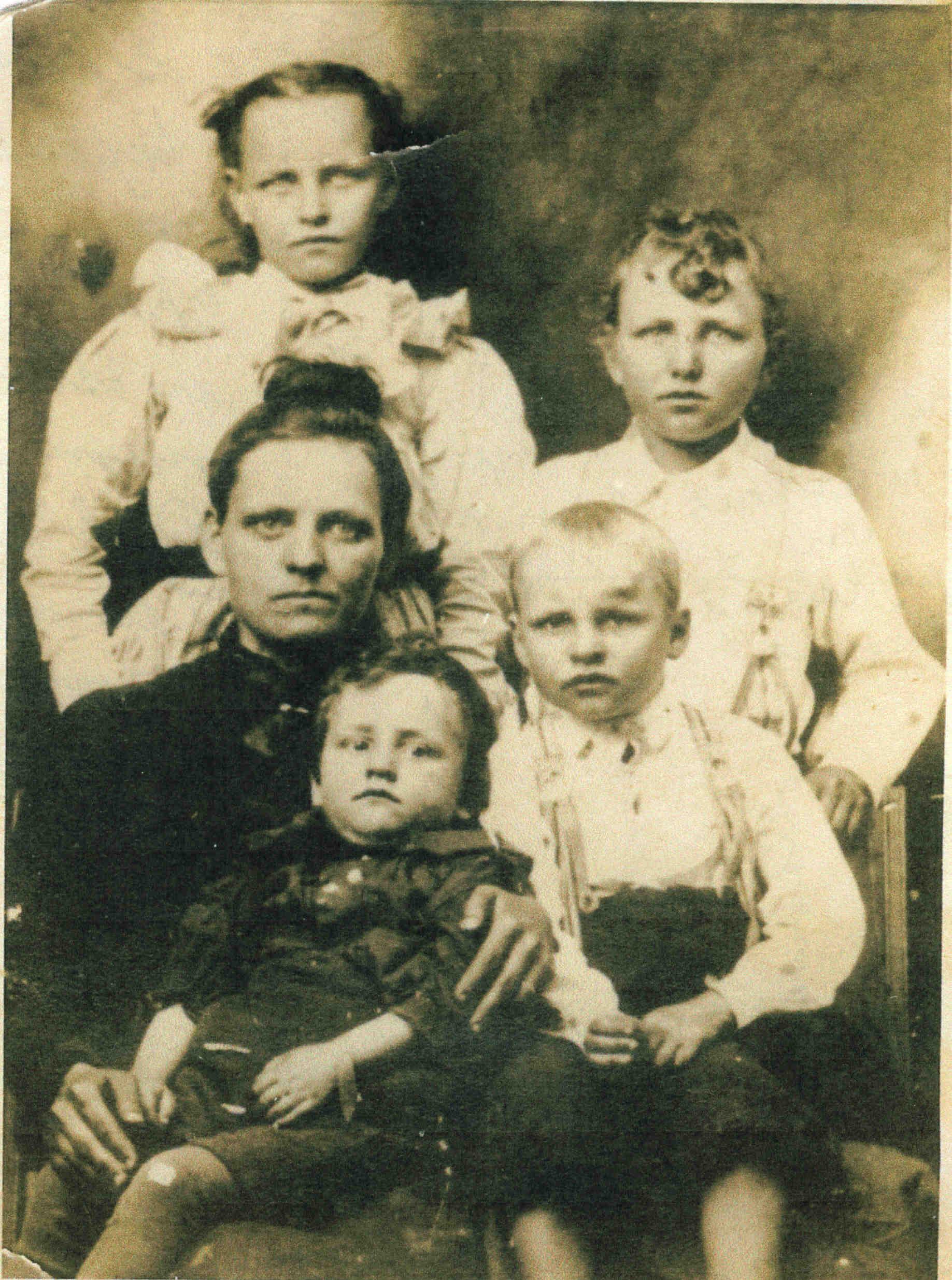 s of Milton Reese Davis and Descendants
