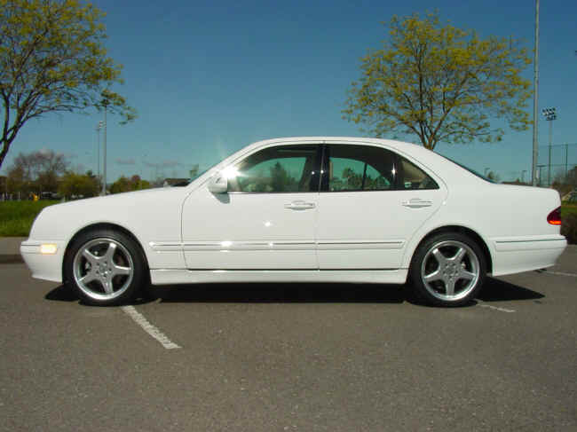 Mercedes service cd w211 589 16 22 00 rar for Mercedes benz service charges