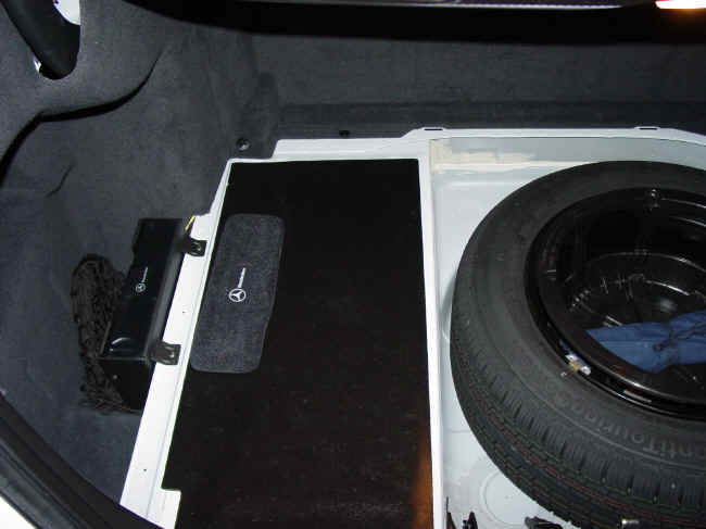 2001 mercedes benz e320 cd changer trunk mounted location for How to open the trunk of a mercedes benz e320