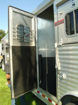 4 Star Aluminum Horse Trailer Self Contained Living