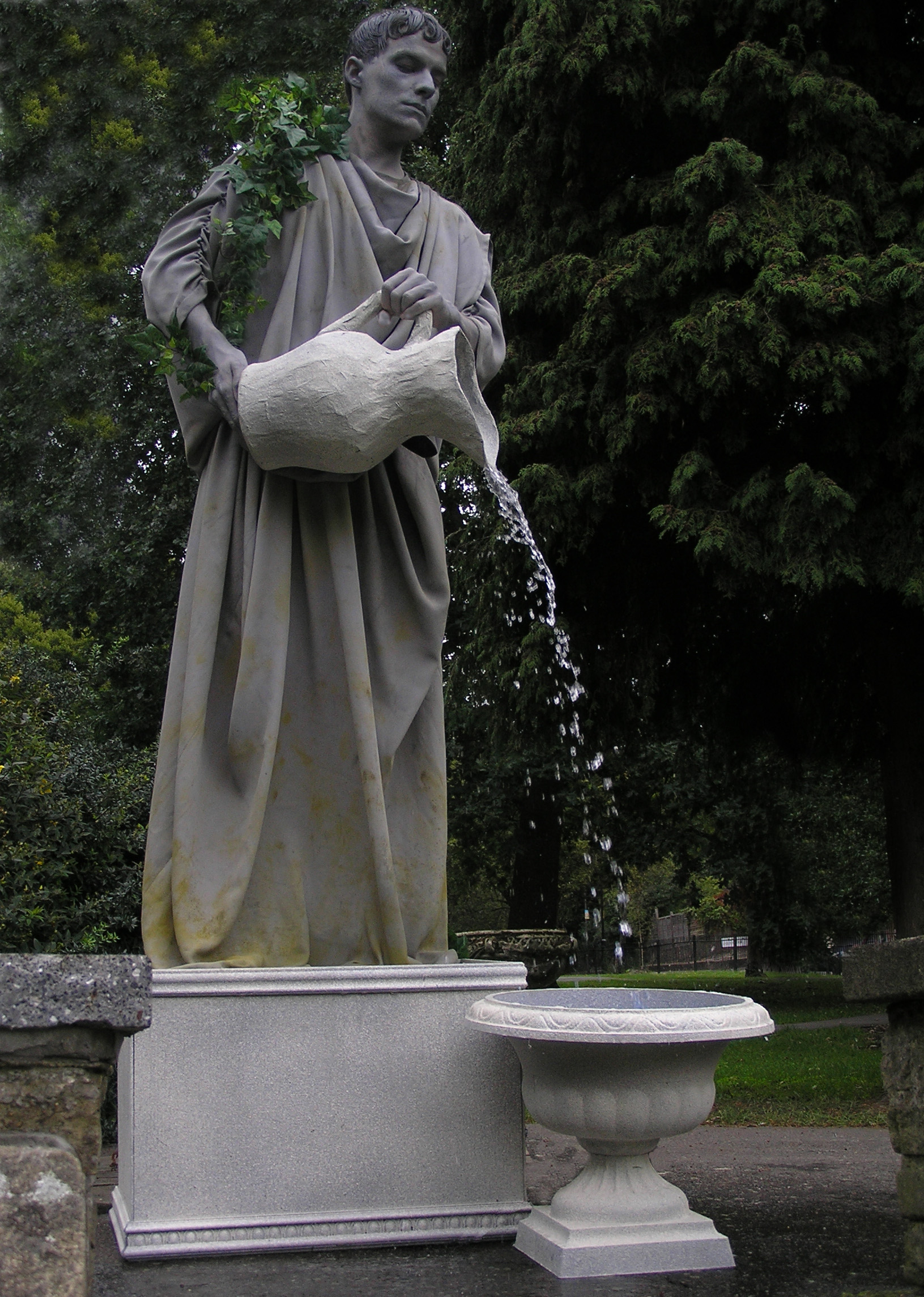 Water fountains with statues - Aquarius The Water Statue