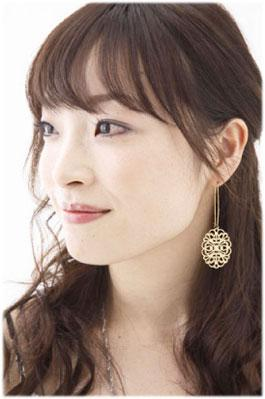 hayasaka yoshie models this is the profile of hayasaka yoshie