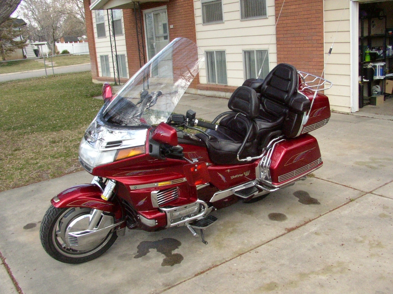 poe s place   goldwing