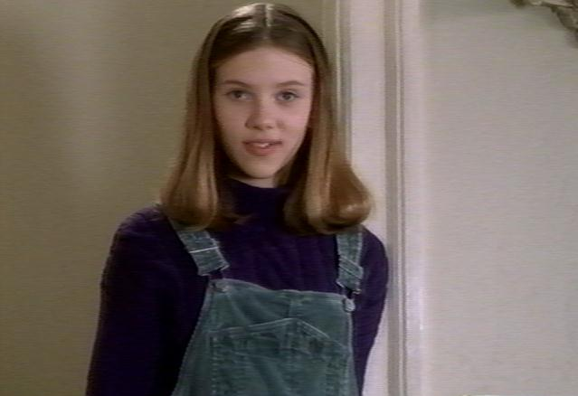 Scarlett Johansson HOME ALONE 3 pictures