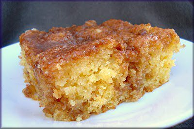 Honey Bun Cake With Cream Cheese