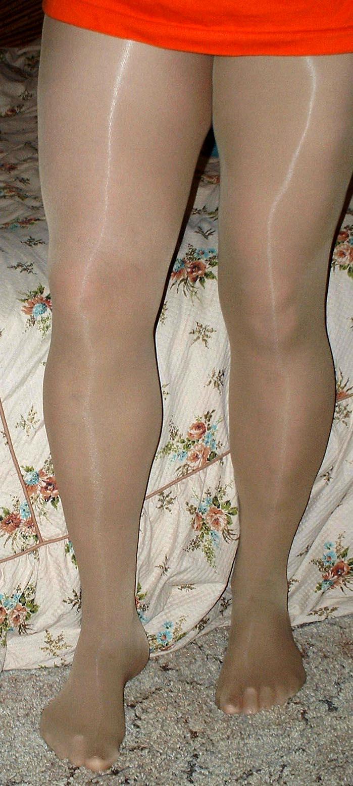 Christina agulilera naked