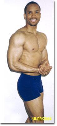 membentuk tubuh atletis membesarkan otot lengan melatih sixpack