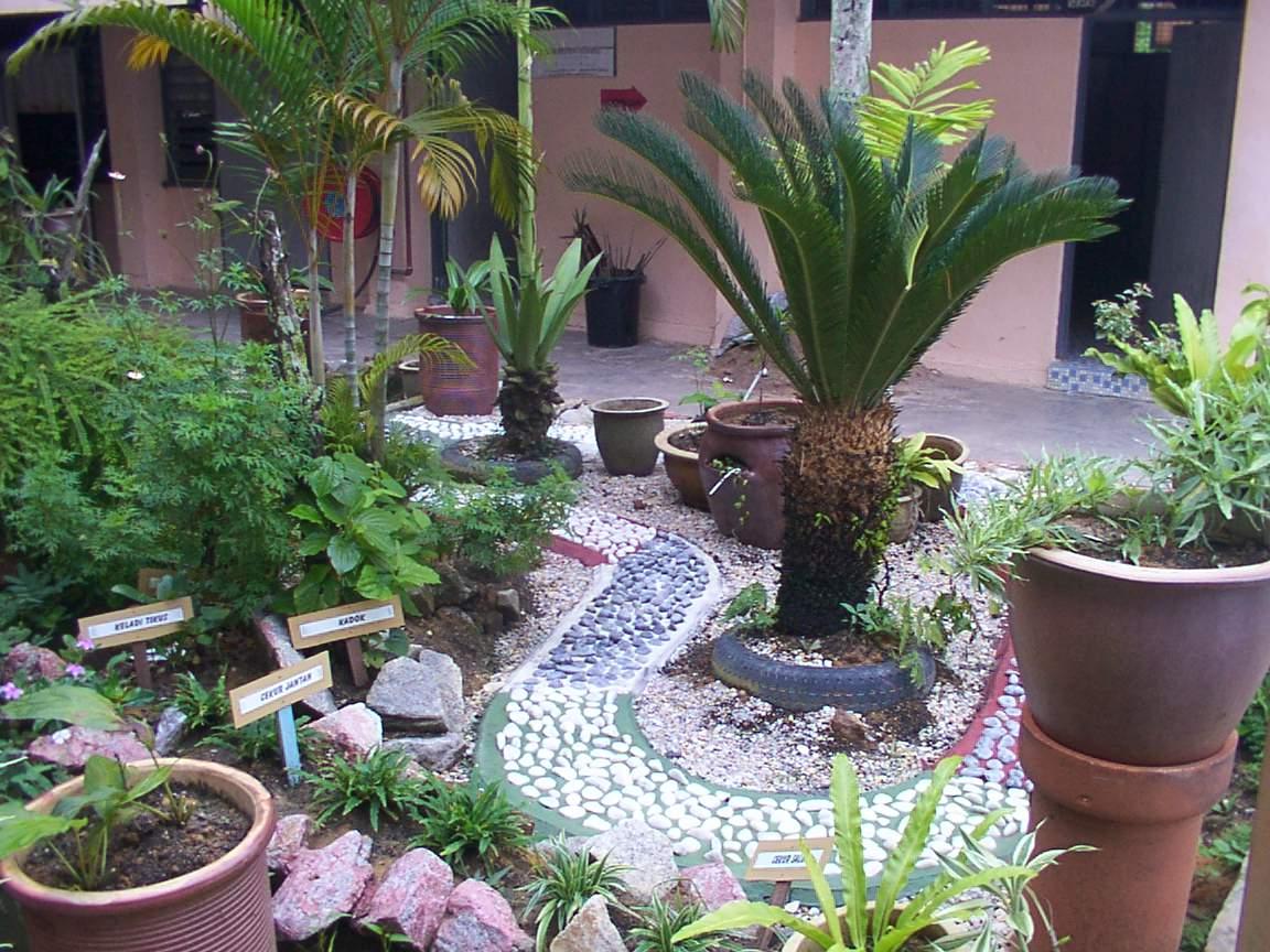 Taman Mini Asrama