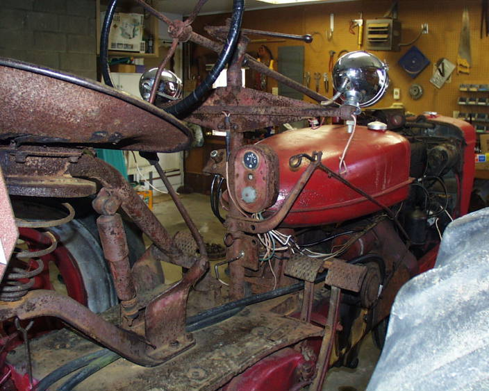 Pictures of my 1951 Farmall H