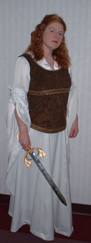 Eowyn's Shieldmaiden Dress Costume Notes by Carissa